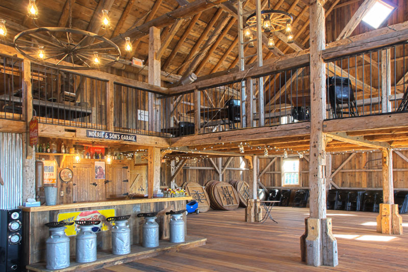 Grange Manson Barn Austin Quebec Perfect Venue For Your Big Party